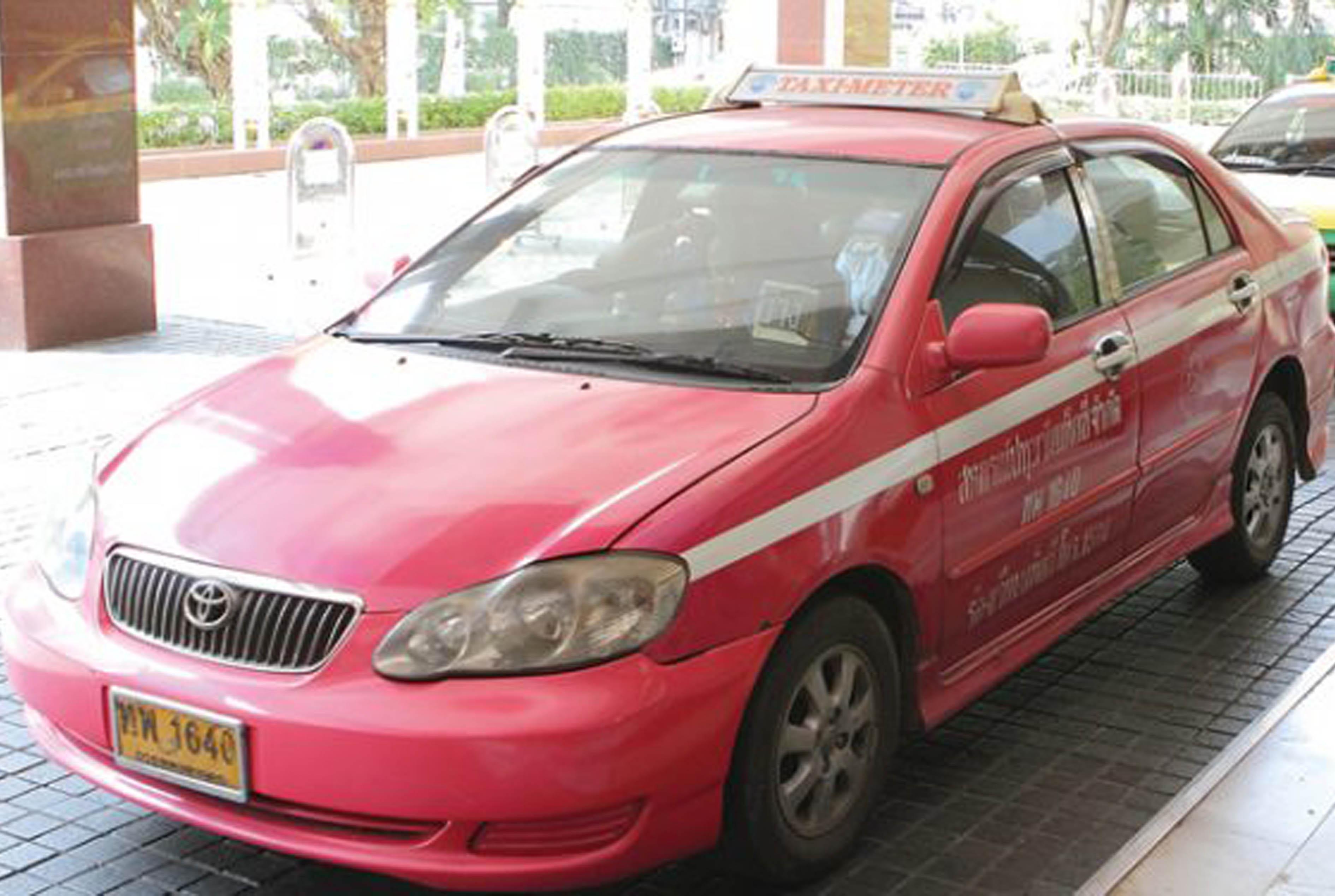サービス向上?変わりゆくタイのタクシー事情
