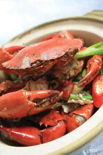 カニ尽くしの贅沢ディナー 「Crabs Galore」