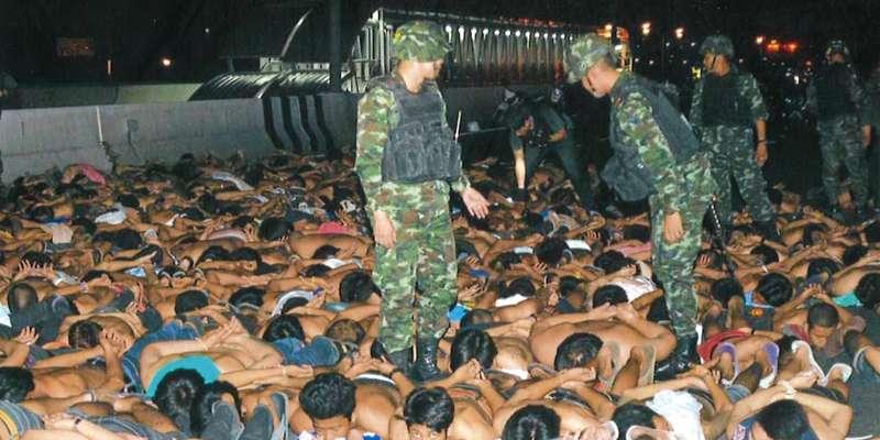 暴走行為で逮捕された400人の若者