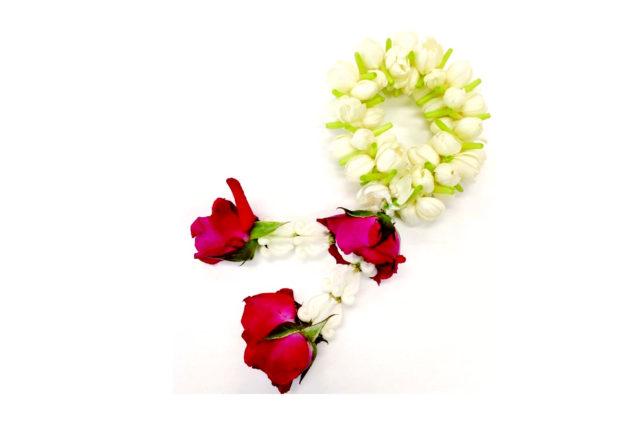 今週のギモン「交差点で売られている花輪はなんですか?」 - ワイズデジタル【タイで生活する人のための情報サイト】