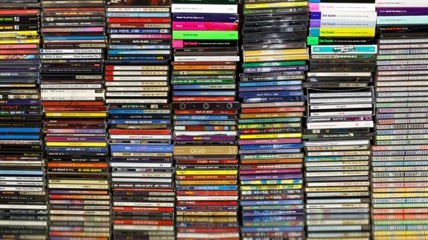 タイのお店でBGMとして音楽を使うのは、違法? - ワイズデジタル【タイで生活する人のための情報サイト】