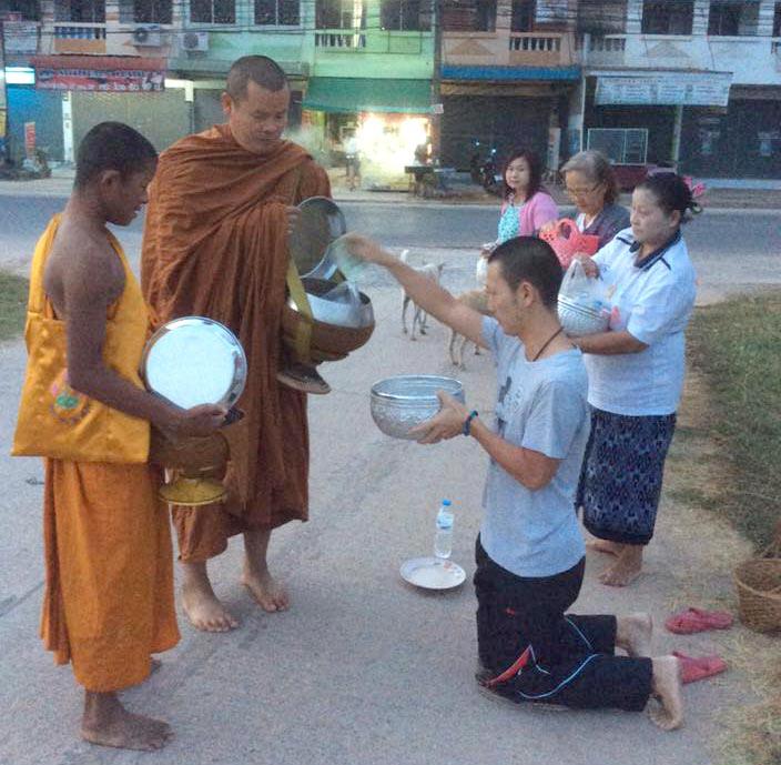 今週のギモン「僧侶に托鉢をするときは 決まった作法があるの?」