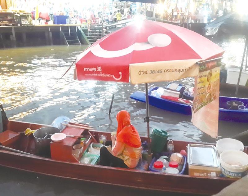 『船の麺』という料理の由来は? - ワイズデジタル【タイで生活する人のための情報サイト】