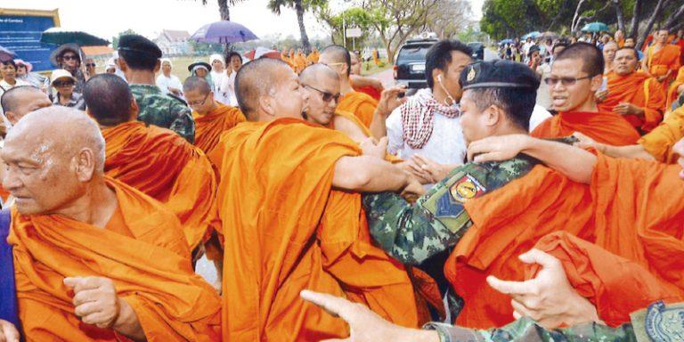 仏教界に波及する政局