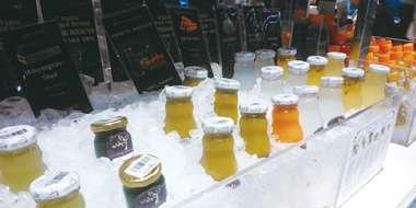 コールドプレスジュースはこのように売られています。