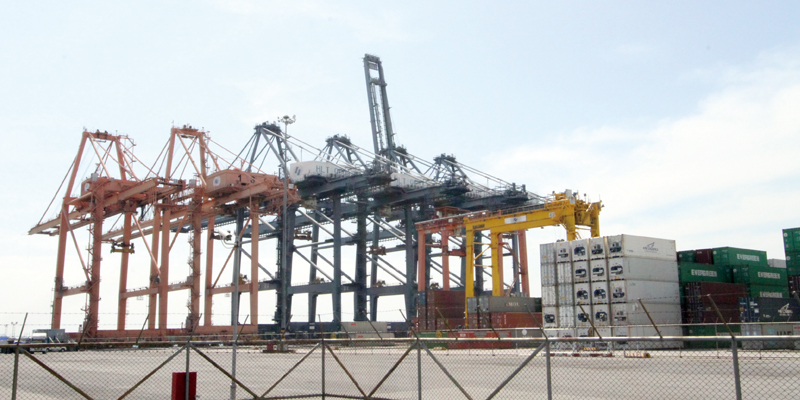 東部経済回廊開発が発動