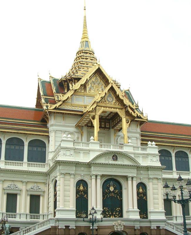 王宮はいつ建てられた? - ワイズデジタル【タイで生活する人のための情報サイト】