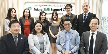 公社タイ事務所スタッフ一同。「日タイ企業の皆様を丁寧にサポートしています」