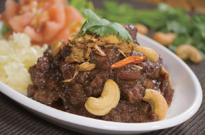 【ムー・ガピ 180B】豚肉をコクのあるエビペーストで炒めた人気の一皿