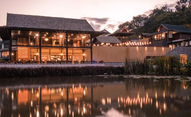 日本・タイ・ヨーロッパの多彩な料理を提供するレストラン