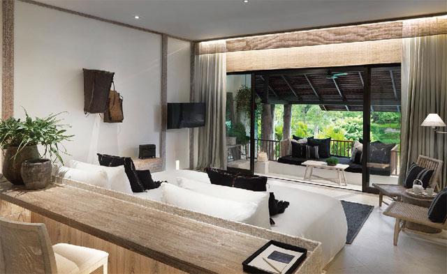 天然素材の家具や生地を使った「Rin Terrace Suites」。テラスでゆったり寛ぐのも◎