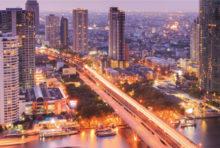 バンコクでの部屋探しは、日本と異なります。南向きを好む日本に対し、強い日差しを避け、北側へ引っ越す人も。