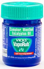 Vicks Vaporub - ヴィックス・ヴェポラップ - 効能:塗り薬 - 用法・用量:1日3回、または就寝前などに適量を手に取り、胸やのど、背中に塗ります - 情報:鼻づまり、くしゃみ等のかぜに伴う諸症状の緩和 - 価格目安:40B前後