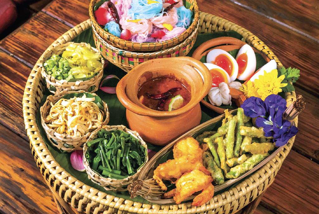 【Baan Namprik Savoey】Thai Rice Noodle  Namprik Set (2〜3人前) 699 Bath - ワイズデジタル【タイで生活する人のための情報サイト】