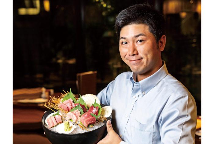 当店では毎週、愛媛県宇和島の本マグロ「だてまぐろ」を生のまま空輸で仕入れています。天然物にも負けない風味、そしてとろけるような食感をお楽しみください。赤身から大トロまで食べ比べて頂き、その魅力を存分に堪能頂ければ幸いです。