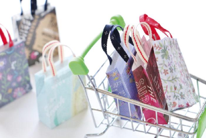 タイ人の消費意欲は衰え知らずだ。タイ商工会議所大学は12月11〜20日にかけて、年末年始における支出計画をタイ人にヒアリングする消費動向調査を実施。その結果、支出予定総額は1,378億Bに上り、2006年の調査開始以来、最高額となった。