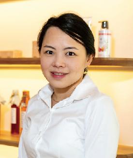 Nuttawan - The Owner of Honeyful Café