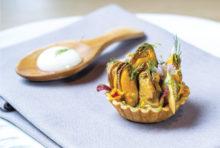 【Restaurant Stage】Mussel Tart  コース 2,900 Baht〜(全6品〜)