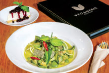 【VEGANERIE】Green Curry Zoodles 240 Baht