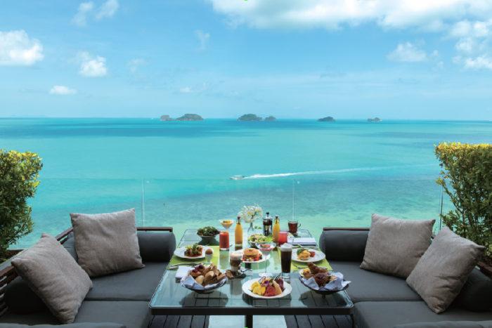 真っ青な海を望みながら食べる朝食は最高! Conrad Koh Samui コンラッド・コ・サムイ
