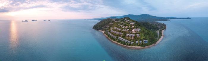 山の傾斜に沿ってヴィラが建っているため、どの部屋からも海を眺め放題 Conrad Koh Samui コンラッド・コ・サムイ
