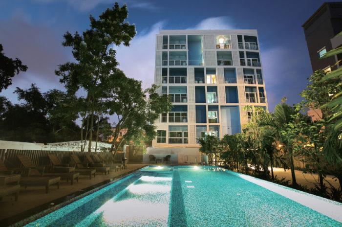 パタヤ中心地にあり、ビーチまで車で5分の好立地 DeeProm Pattaya Hotel ディープロム・パタヤ・ホテル