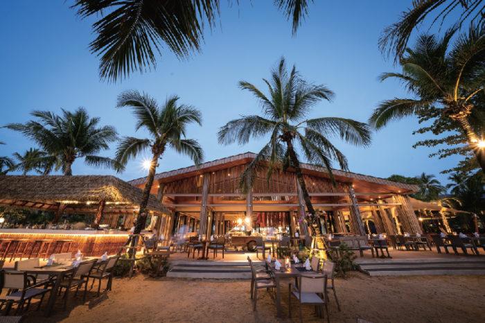 ロマンティックなムードが漂うレストラン La Flora Khao Lak ラ・フローラ・カオ・ラック