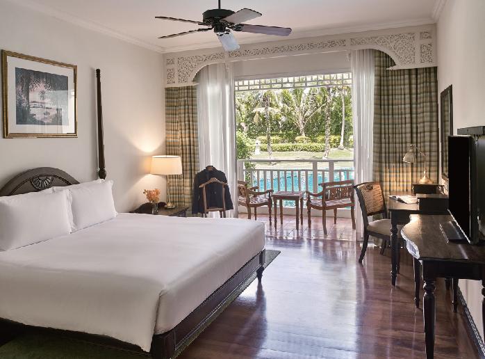 チーク材を使ったクラシックなインテリアが魅力 Sofitel Krabi Phokeethra Golf & Spa Resort ソフィテル・クラビ・ポーキートラー・ゴルフ&スパリゾート