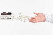 『ウイルスと戦うロボット』IT機関が共同開発