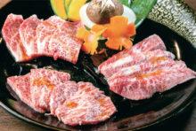 【和牛盛り合わせ 980B】 (手前から)ザブトン、カルビ、和牛特選ロース。サシと赤身のバランスが良く、食欲をそそられる
