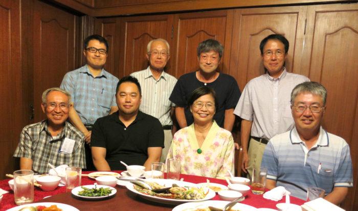 青葉会(東北大同窓会) タイ青葉会ではみなさまの入会をお待ちしております。他大学との対抗戦ゴルフ、青葉会親睦ゴルフ、親睦会を計画しております。会員はおよそ30名。タイ人留学生の方も多数在籍しています。