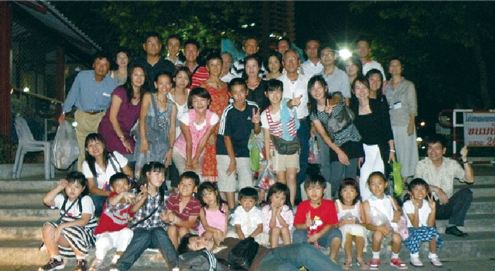 明治大学タイ王国紫紺会 (旧駿台会) タイ在住の明治大学・大学院卒業生の親睦を図ることを目的とした、海外校友会組織です。ゴルフコンペ、紫紺会サロン(勉強会)、家族親睦会、現地大学・明治大学との交流会などの活動をしています。