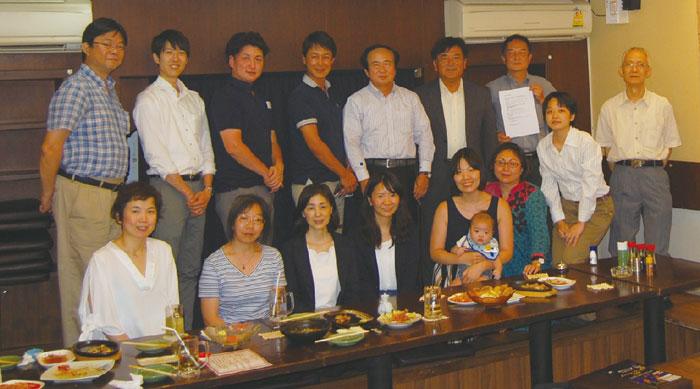 東京外語会 バンコク支部 東京外国語大学同窓会のバンコク支部です。現在の会員数は85名、年に数回、食事会やゴルフコンペなどを開催しております。卒業年度・学科や既卒・現役問わず、新規入会を歓迎いたします。