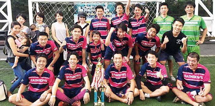 Rainbow5 バンコクNo.1アマチュアフットサルチーム。コートを彩る色鮮やかな個性。真剣だからこそ共有できる感動と友情。フットサル愛・チーム愛・家族愛にあふれた最高のチームです。