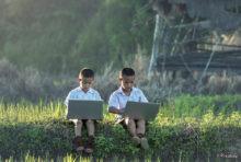 「タイの教育史上前例のないことだが、一斉休校の延長はやむ得ない。しかしどのような形であれ、全国の子どもたちに対し教育を続けていかなければならない」。