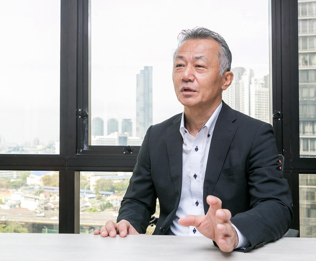 「在庫管理の重要性を認識していても、今までの在庫管理システムは高額であったため、解決策として人海戦術を選んでしまう企業も多いようです」と黒田MD