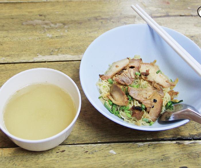 チャーシュー入り汁なし 中華麺・・・40B
