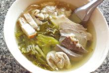 モツ好きはたまらない! 絶品スープ