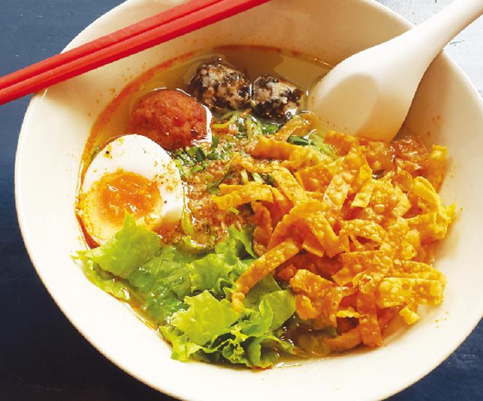 麺や具材、スープを 選べるヌードル・・・・ 65B