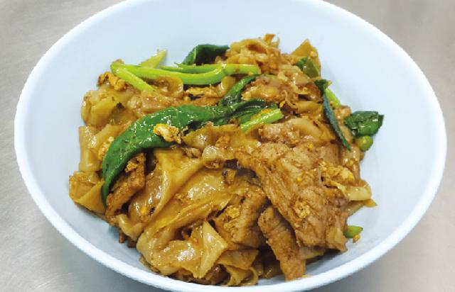 太麺の醤油炒め ・・・60B