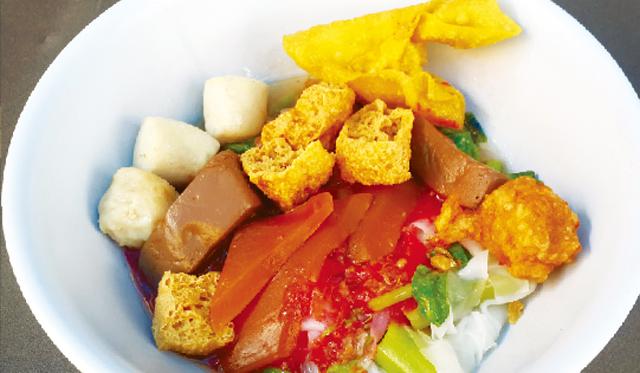 汁なし紅腐乳太麺 ・・・ 40B