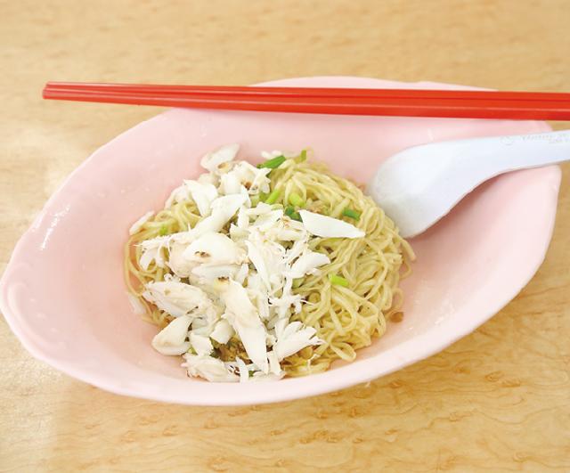 スープなしのカニ入り中華風麺 ・・・110B
