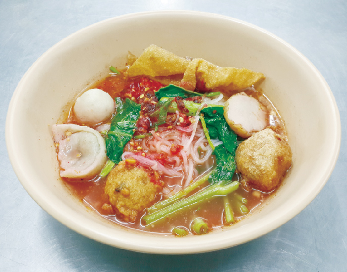 紅腐乳細麺と絶品スイーツが人気 - ワイズデジタル【タイで生活する人のための情報サイト】