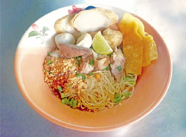 スープなしの中華麺 ・・・40B