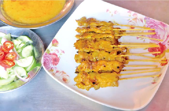 必食!人気屋台の豚肉の串焼き - ワイズデジタル【タイで生活する人のための情報サイト】