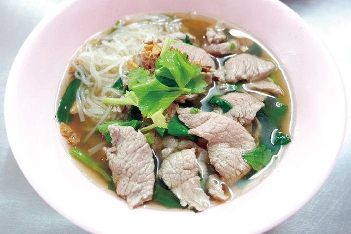 創業40年以上! 牛肉ヌードルの老舗 - ワイズデジタル【タイで生活する人のための情報サイト】