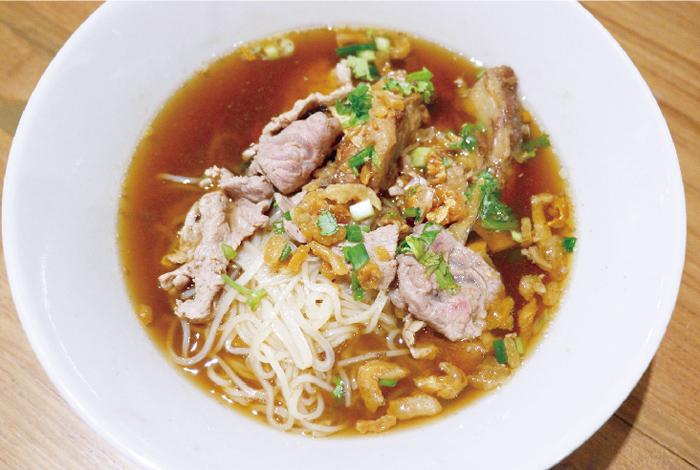 スープも飲み干してしまうアロイ麺 - ワイズデジタル【タイで生活する人のための情報サイト】