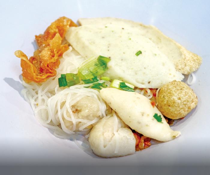 白身魚の団子入り細麺(汁なし) ・・・35B