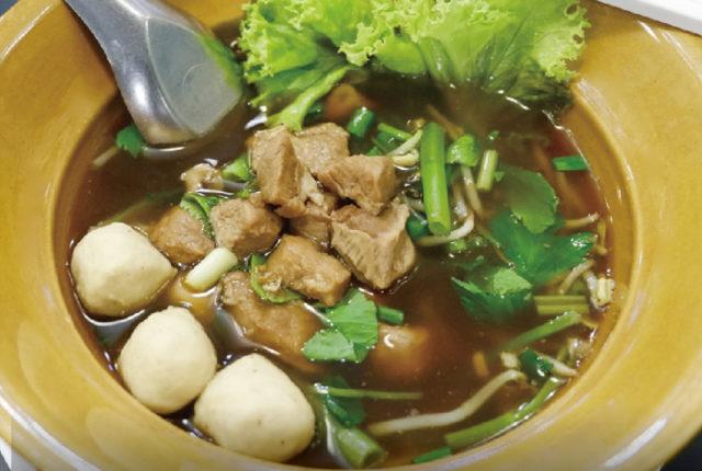 舌の上でとろける豚肉の煮込み - ワイズデジタル【タイで生活する人のための情報サイト】