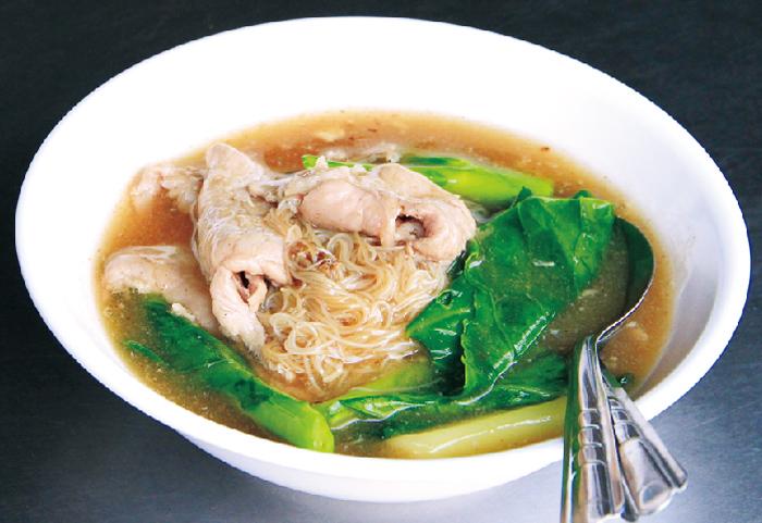 柔らか豚肉に感激コスパ◎のあんかけ麺 - ワイズデジタル【タイで生活する人のための情報サイト】